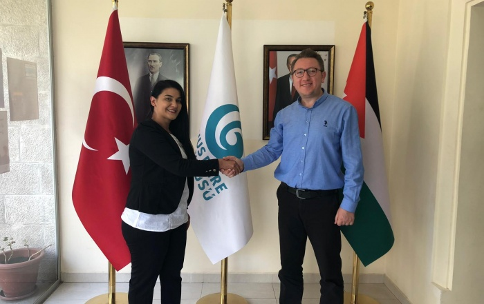 زيارة اوكي تمام للسفارة التركية في الأردن ومركز يونس أمرة